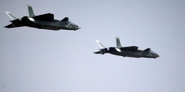 China Realizó Un Ejercicio De Ataque Aéreo Sobre La Isla Estadounidense De Guam, La Misma Que Tiene En La Mira Corea Del Norte.