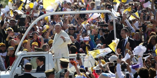 Visita Del Papa A Chile: El Pedido De Perdón A Las Víctimas De Abuso Sexual Generó Elogios Y Críticas.