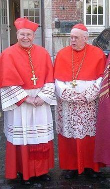 Kardinaal III Danneels en Kasper.JPG