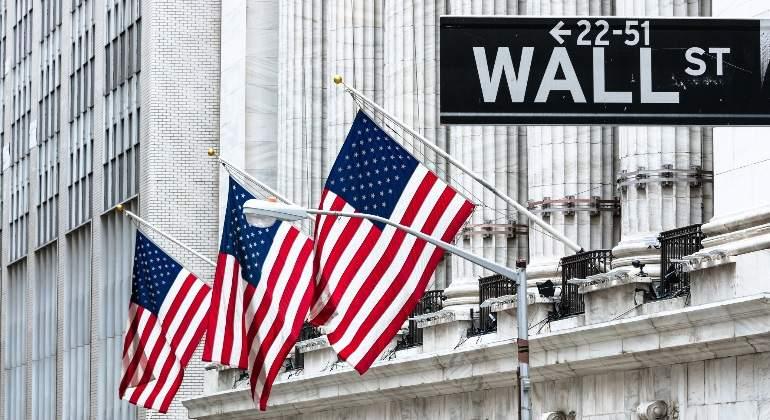 Fuertes Subidas En Wall Street: El Dow Sube Un 2,8% Y El Nasdaq Cierra Su Mejor Jornada Desde 2015.