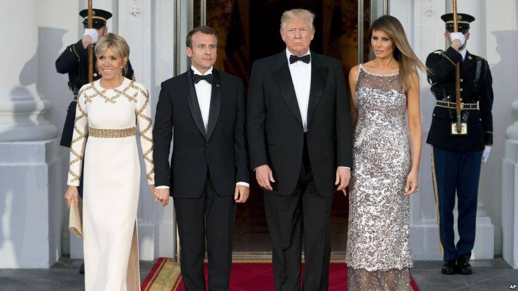 Melania Trump Deslumbra En Su Primera Cena De Estado.