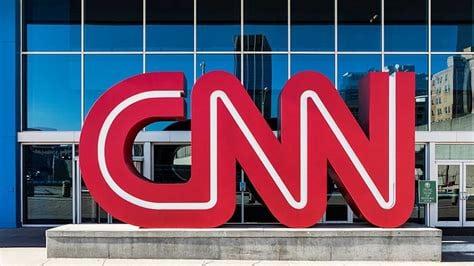 Critican A La CNN Por Glorificar Los Adulterios De Kennedy Y Demonizar El Presunto Romance De Trump.