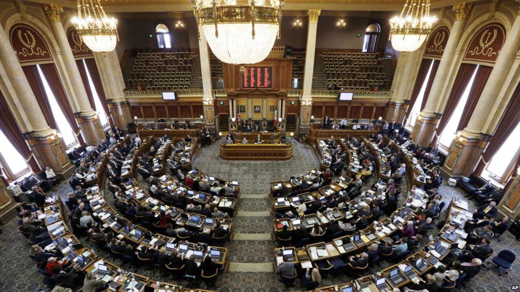 Iowa Aprueba Ley De Aborto Más Restrictiva De EE.UU.