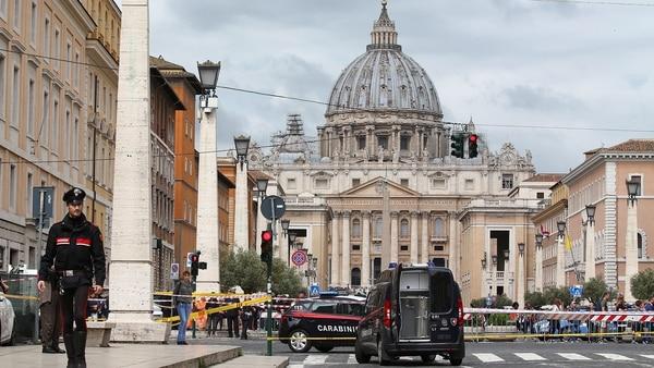 Evacuaron Las Inmediaciones Del Vaticano Por Una Amenaza De Bomba.