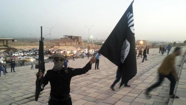 Arrinconado, El Estado Islámico Comenzó La Evacuación De Sus Yihadistas En Su último Bastión En Damasco.