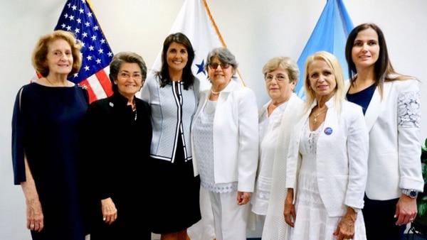 La Embajadora De Estados Unidos Ante La ONU Recibió En Nueva York A Las Damas De Blanco.