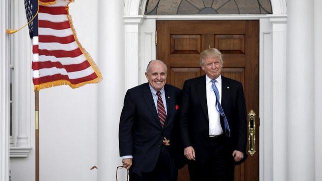 El Abogado Giuliani Dice Que Trump No Tendría Que Cumplir Una Citación Judicial De Un Fiscal.