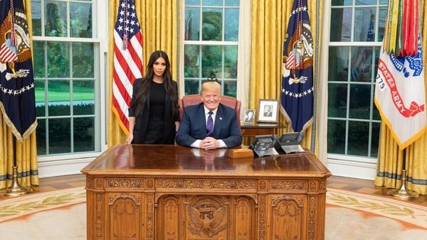 Donald Trump Recibió A Kim Kardashian En La Casa Blanca: La Empresaria Le Pidió Una Reforma Carcelaria