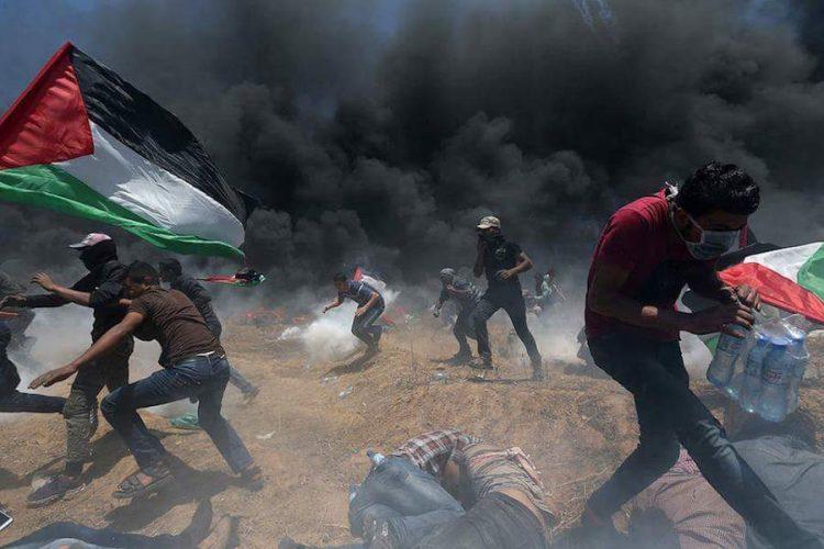Cerca De 5 Mil Palestinos Se Manifiestan En Gaza; Al Menos 2 Muertos Y Casi 500 Heridos.
