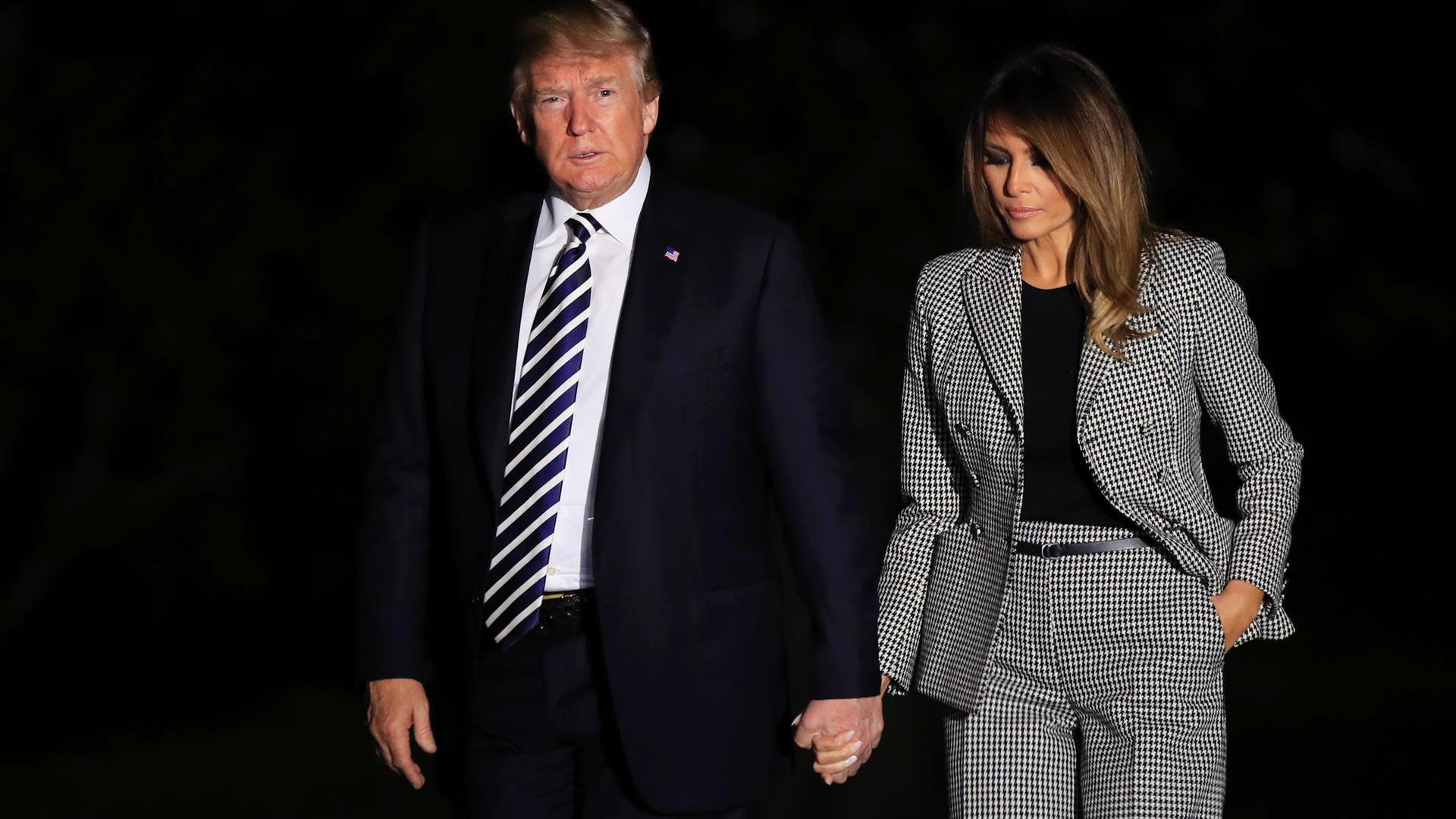 """Trump Llama """"viciosos"""" A Los Medios Por Especular Sobre La Salud De Melania."""