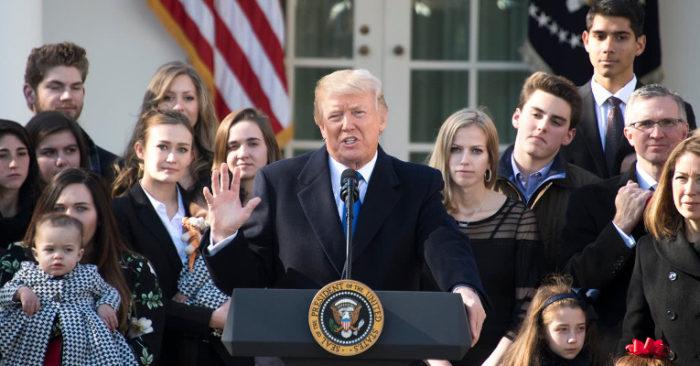Trump, Cada Vez Más Cerca De Prohibir El Aborto En EE.UU.