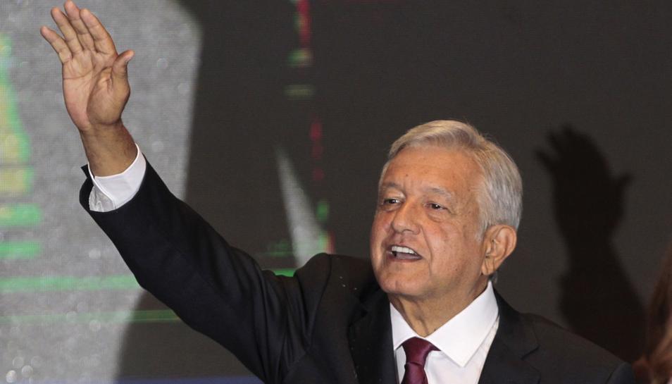 """López Obrador Dice Que """"tenderá La Mano"""" Al Gobierno De Trump."""