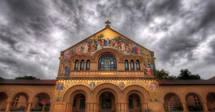 Obispo Del Vaticano Denuncia Que Globalistas Masónicos Se Han Infiltrado En La Iglesia Para Subvertir La Cultura Cristiana.