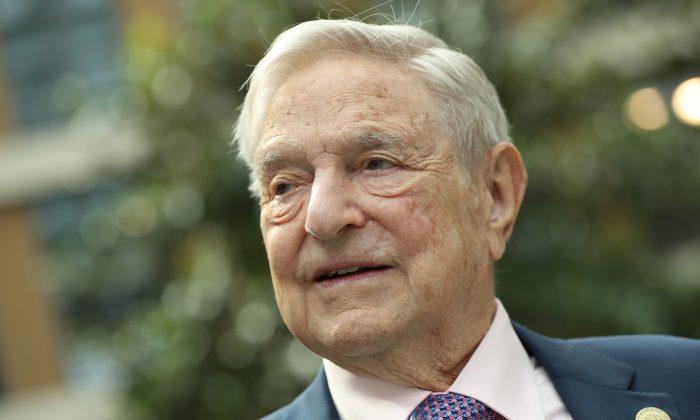 David Horowitz Explica Cómo George Soros Y El 'Partido De Las Sombras' Controlan A Los Demócratas.