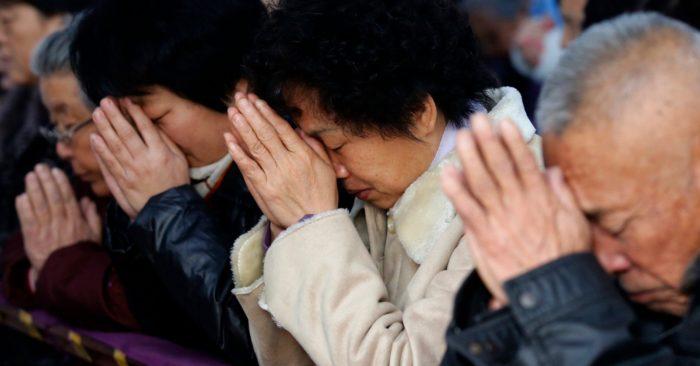 El Régimen Chino Intensifica La Represión De Las Iglesias Cristianas: Eliminó 7 Mil Cruces.