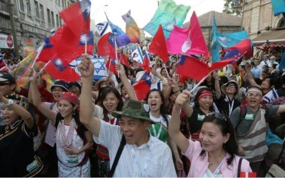Unos 7.000 Cristianos Evangélicos Recorrieron Jerusalem Durante Su Tradicional Desfile Anual.