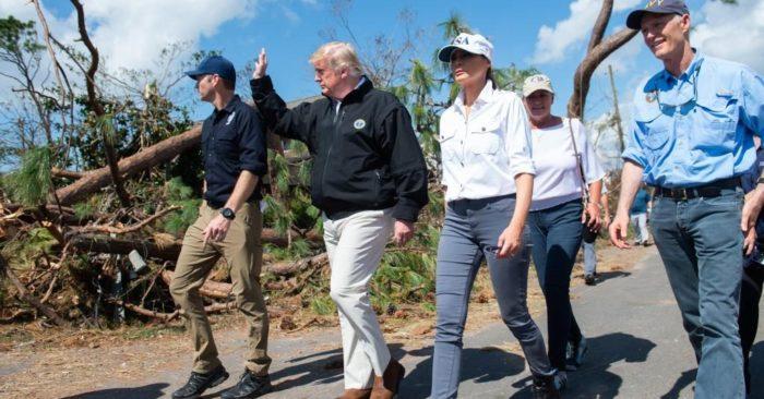 Trump Visitó A Las Comunidades Devastadas Por El Huracán Michael.