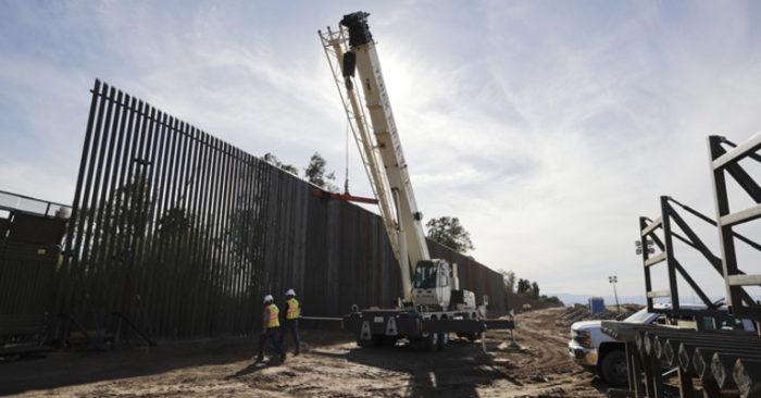 EE.UU. Da Luz Verde A La Construcción Del Muro En La Frontera Sur