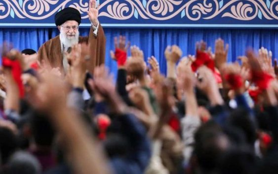 """Cuanto Odio: Iraníes Conmemoran 39 Aniversario De La Toma De La Embajada De EE.UU Pero Cantan """"Muerte A Israel"""""""