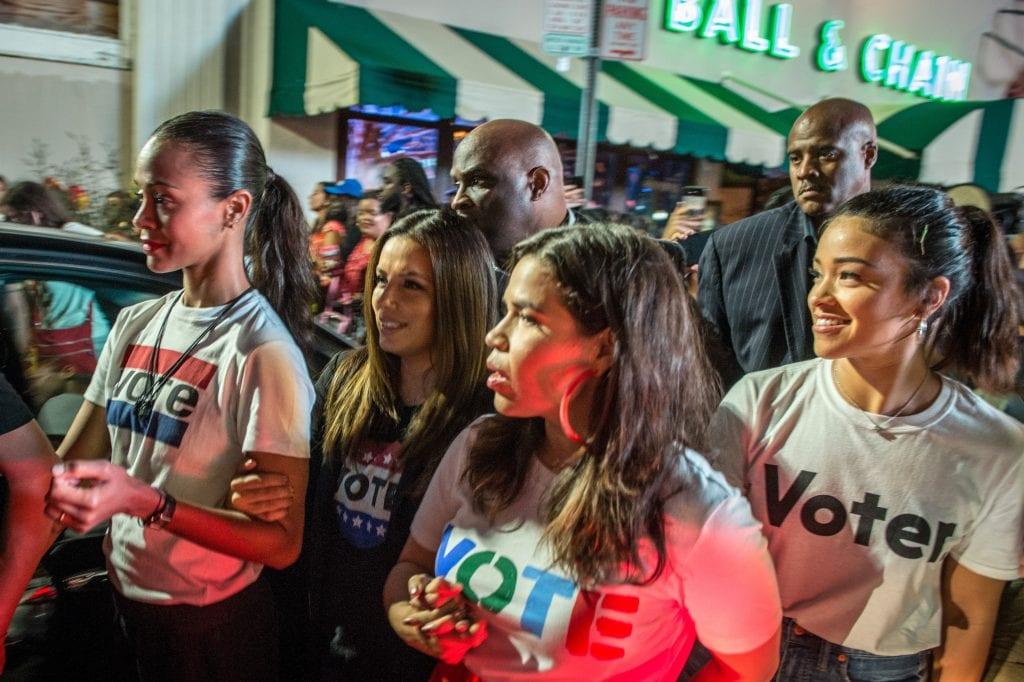 Cómo Los Latinos Influencian Y Son Influenciables Por Las Elecciones De EEUU